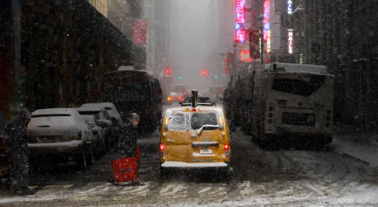 Main_3 Ways Weather Forecasts Can Improve Retail Sales Forecasts.jpg