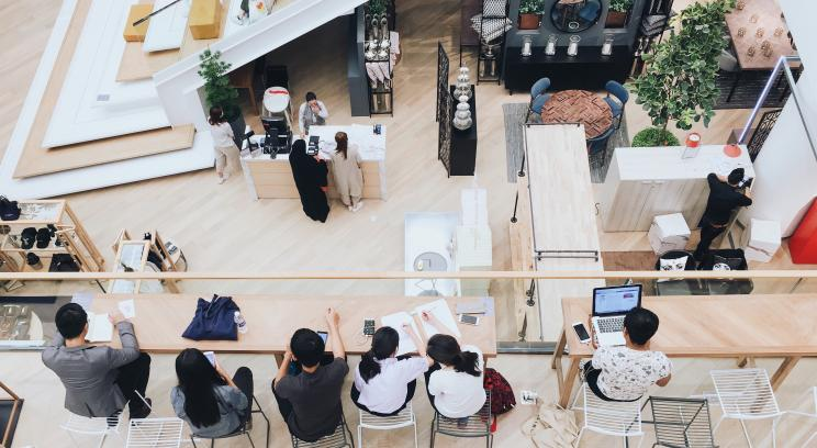 Main_Adopting New Technologies In-Store.jpg